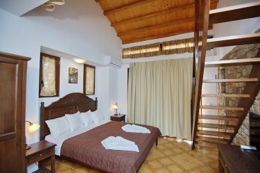 Marilena Apartments BedRoom