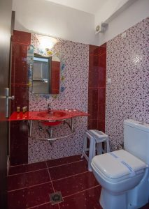 Marilena Apartments Studio Bathroom!
